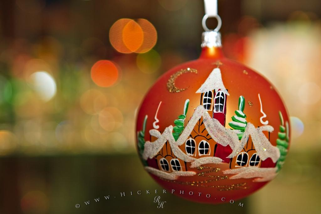 Holiday Christmas Decorations Photo Information