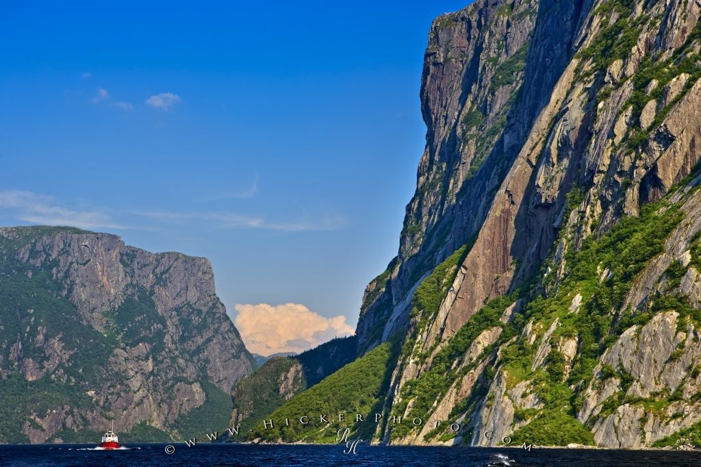Western Brook Pond Tour Boat