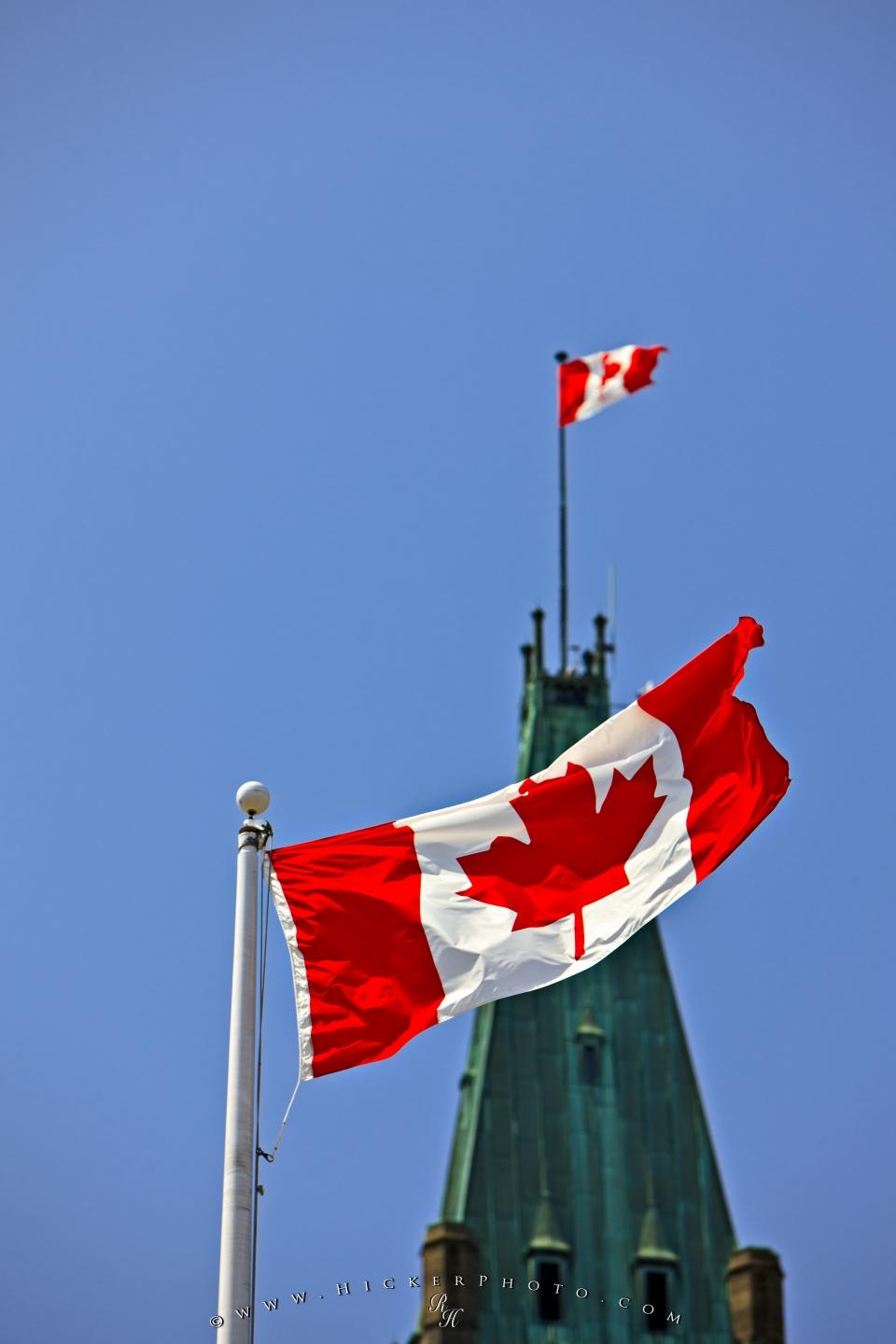 Free Wallpaper Background Peace Tower Canadian Flag Parliament Hill
