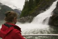 There are many options available for sightseeing in Alaska during cruise ship travel with tourism operators offering glacier boat tours and helicopter flightseeing just to name a few.