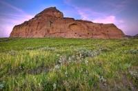 A fascinating geological feature of the Big Muddy Badlands in Saskatchewan, Canada, Castle Butte rises from the flat valley floor to a height of 70 metres.