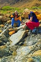 The best option for exploring the geology of the Tablelands in Gros Morne National Park, Newfoundland, is by hiking the 2km (one way) trail which leads to a treasure trove of geologic wonders.