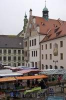 The farmers market at the Marienplatz in Freising, Bavaria is the hot spot to be on Saturdays.