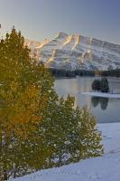 Scenic Two Jack Lake Mt Rundle Fall Picture Banff National Park