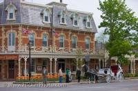In the town of Niagara-on-the-Lake in Ontario, Canada, the beautiful historic Prince of Wales Hotel is the ideal place to stay while enjoying your vacation.