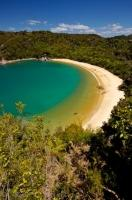 Te Pukatea Bay is a paradise for any visitor to Abel Tasman National Park on the South Island of New Zealand.
