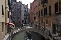 Ponte Dei Bareteri Venice Italy Waterways