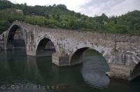 Named Ponte della Maddalena in 1500 after the Oratory situated on the left side of the bridge.