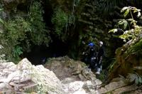 Black Water Rafting offers a fascinating journey through the Ruakuri Cave in Waikato, New Zealand.