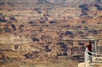 Overlooking the deep canyons and needles of Canyonlands National Park in Utah, USA.