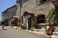Travel Destination Gourdon Provence France