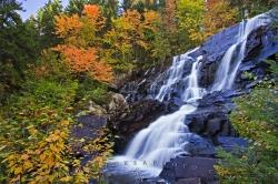 Autumn Fall Colors Chutes aux Rats Waterfall
