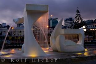 photo of Albatross Fountain Tanya Ashken Wellington North Island New Zealand
