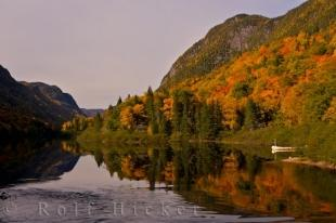 photo of Canadian Autumn Landscape Picture