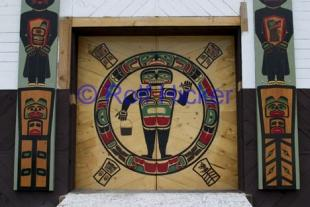 photo of Native American Symbols Meeting House