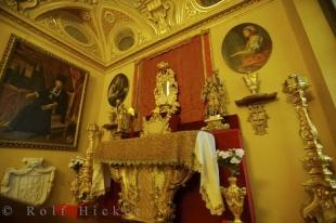 photo of Gold Museum Chapel Alter