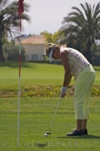 photo of Golf Putting Stance