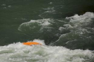 photo of Kayaking River Roll Aragon