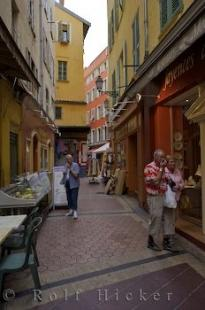 photo of Old Town Nice Tourists Shopping