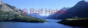 photo of panoramic waterton lakes