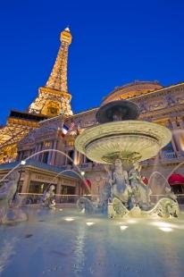 photo of La Fontaine des Mers Paris Las Vegas Casino Dusk