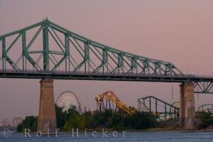 photo of Pont Jacques Cartier Bridge La Ronde Park Montreal Quebec