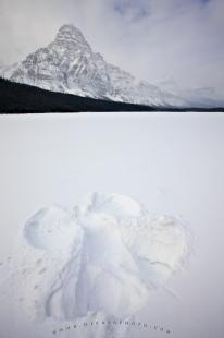 photo of Winter Snow Angel Picture Mountain Scenery
