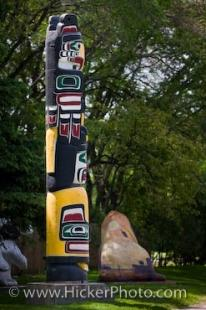 photo of Totem Pole Kwakiutl First Nations Art Winnipeg Manitoba