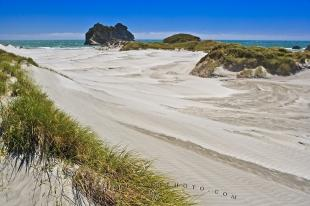 photo of Wharariki Beach South Island NZ