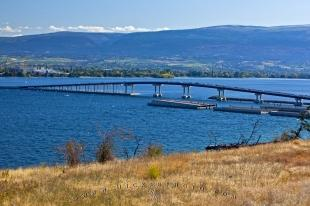 photo of William R Bennett Bridge Kelowna Okanagan Lake BC Canada