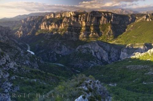 Photo:  Canyon River Scenery Gorges Du Verdon France
