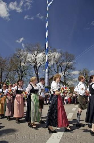 German Dance Group 75