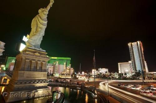 statue of liberty las vegas new york. Las Vegas Night