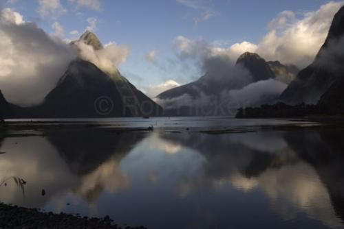 Milford Sound New Zealand. Pictures Of Milford Sound