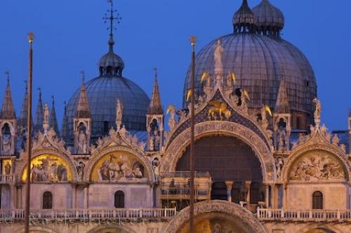 Path: Stock Photos: Italy Pictures: Religious Architecture Venice