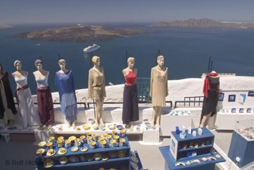 shopping fira santorini