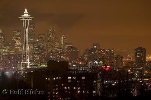 http://www.hickerphoto.com/data/media/4/seattle_washington_t0384.jpg