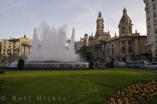 ������ ������ ������ valencia-fountain_13603.jpg