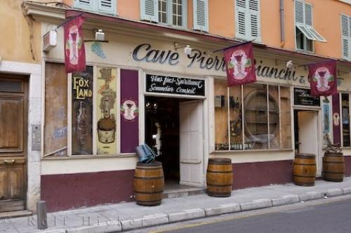 wine store exterior old town nice photo information. Black Bedroom Furniture Sets. Home Design Ideas