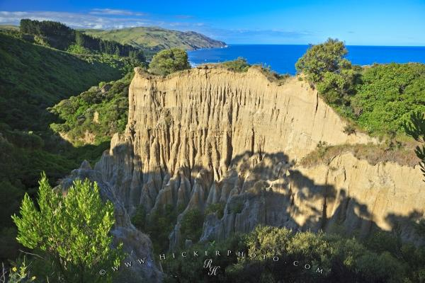 Photo:  Cathedral Cliffs Canterbury New Zealand