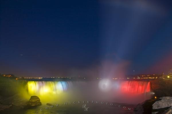 Colorful Niagara Falls Night Illumination Show