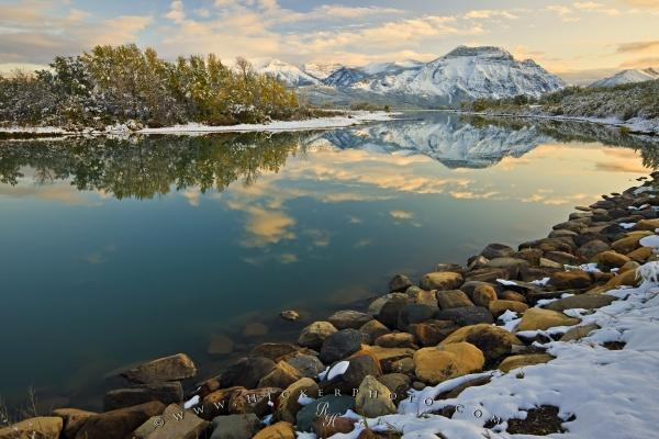 Photo:  Snowcovered Landscape Scenery Waterton Lakes NP